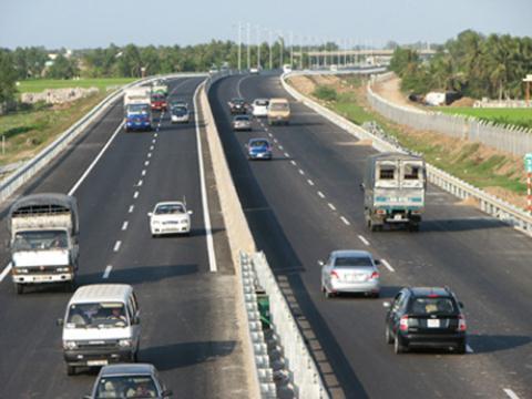 lái xe cao tốc