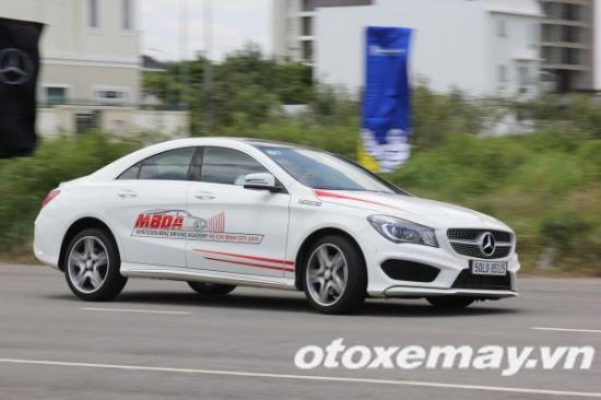 Mercedes-Benz khóa học lái xe 12