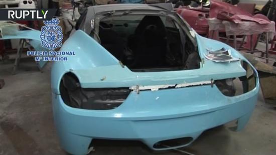 Siêu xe Ferrari và Lamborghini  bị phát hiện hàng giả