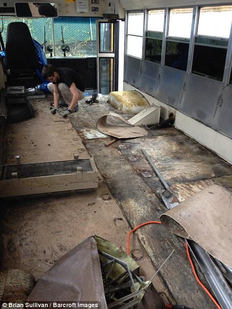 Nhà di động từ xe bus 2