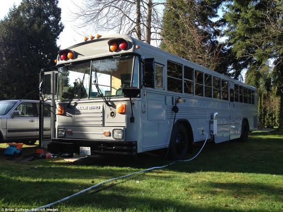 Nhà di động từ xe bus