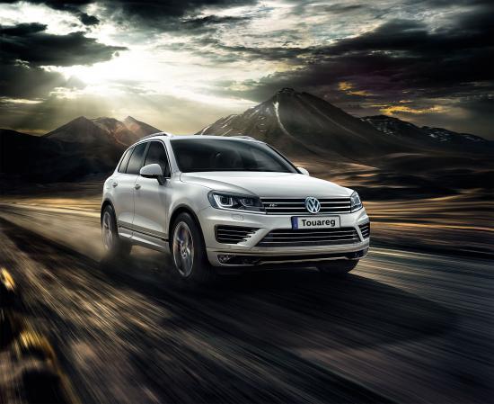 Volkswagen Touareg giảm giá tới 260 triệu đồng
