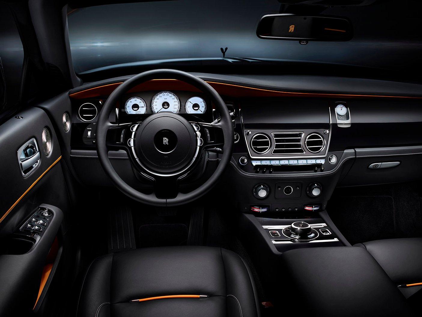 Xe Rolls-Royce Dawn Black Badge 1