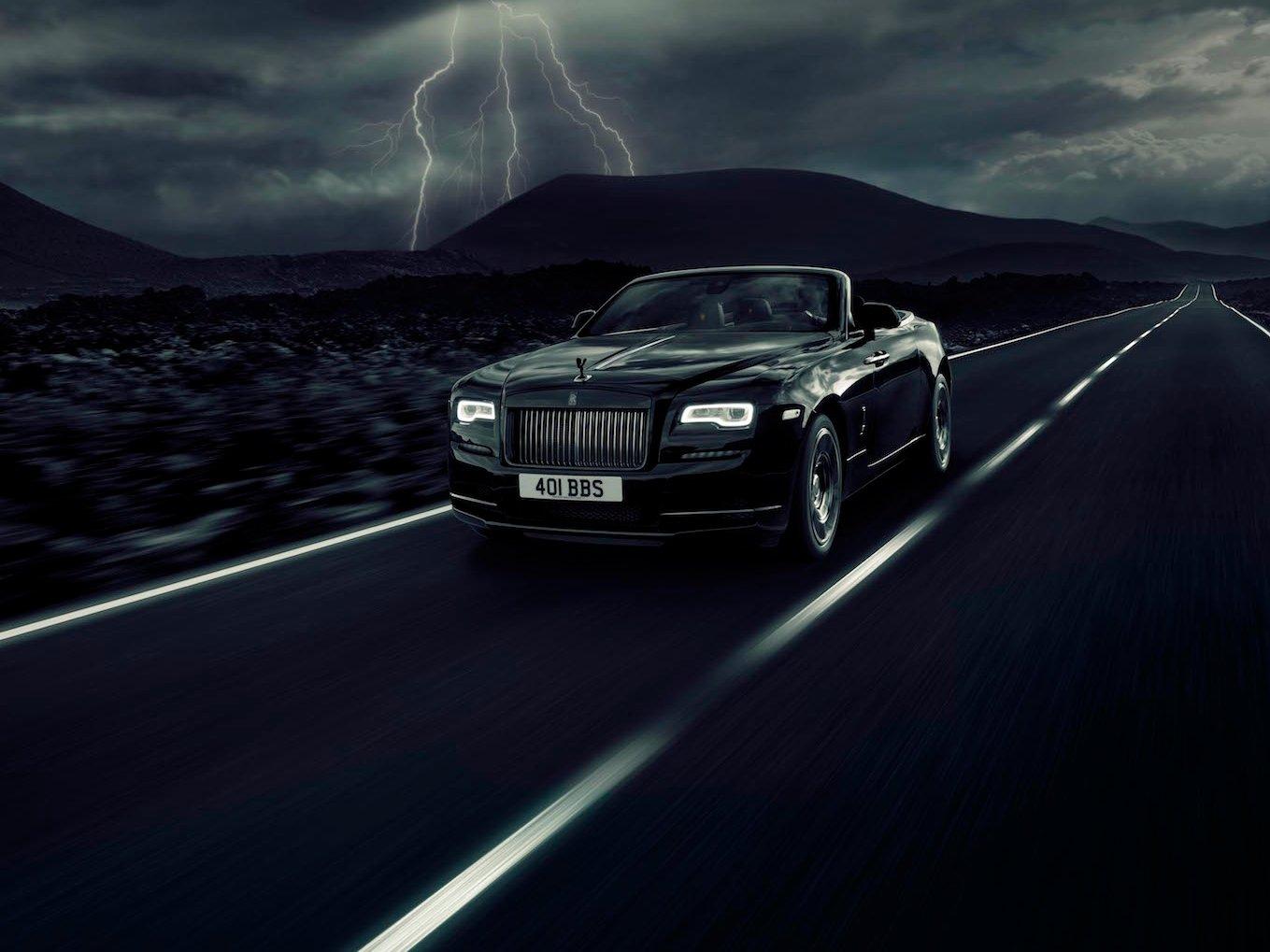 Xe Rolls-Royce Dawn Black Badge