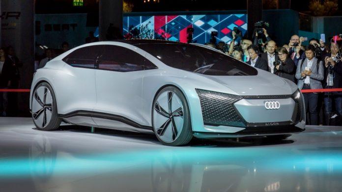 Xe tự lái Audi Aicon