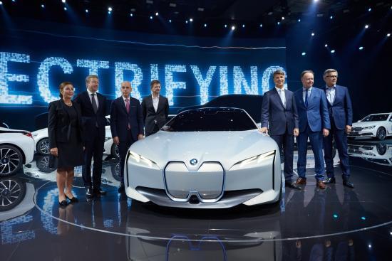 Xe BMW i Vision Dynamics
