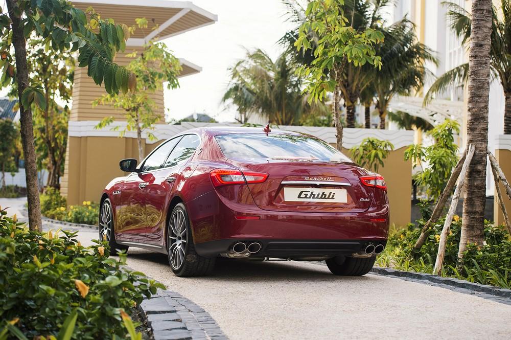 Khách nghỉ ở JW Marriott Phu Quoc Emerald Bay được Maserati đưa đón 5