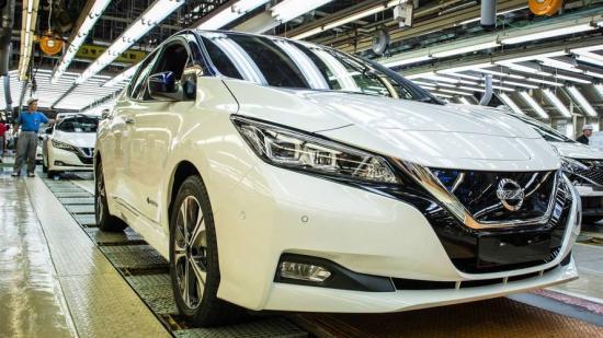 Nissan tạm dừng sản xuất vì sai sót trong kiểm tra chất lượng