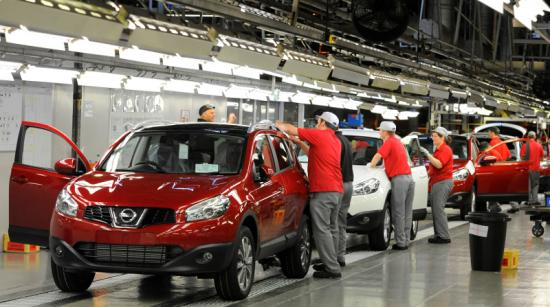 Bê bối chất lượng kéo tụt lợi nhuận của Nissan