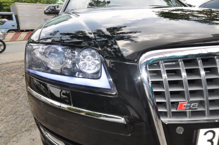 Xe Audi A8 độ 3