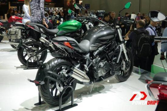 Benelli nhái xe Ducati 3
