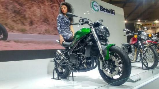 Benelli nhái xe Ducati 4