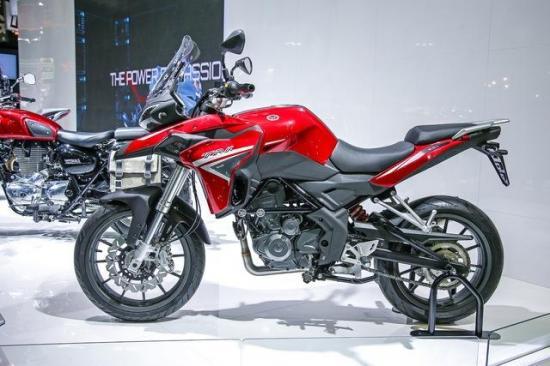 Benelli nhái xe Ducati 10