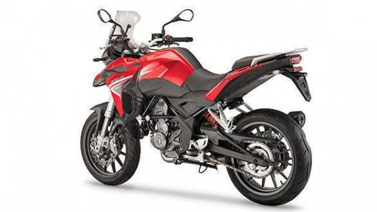 Benelli nhái xe Ducati 12