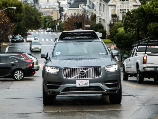 Uber tăng tốc trong cuộc đua xe tự lái 1