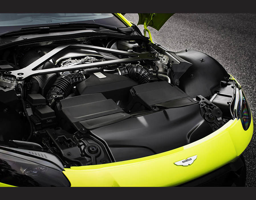 Xe Aston Martin V8 Vantage 2018 8