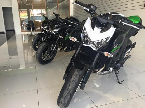 Kawasaki Z800 ABS 2016 đầu tiên về Việt Nam A2