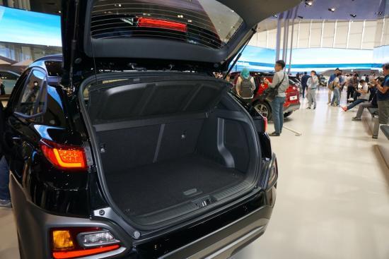 Xe Hyundai Kona SUV nhỏ nhiều trang bị khủng 7