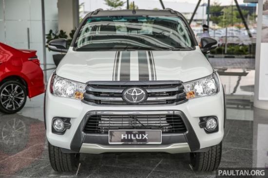 Ảnh thực tế phiên bản đặc biệt Toyota Hilux 2.4G Limited Edition