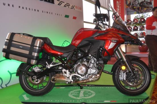 benelli-trk-502-adventure-touring-ra-mat-malaysia-gia-gan-160-trieu-dong-anh1