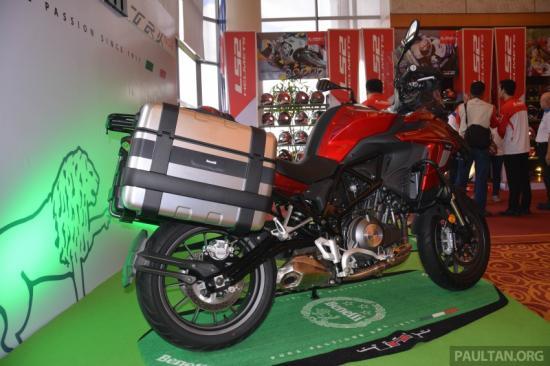 benelli-trk-502-adventure-touring-ra-mat-malaysia-gia-gan-160-trieu-dong-anh9