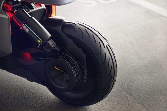 bmw-motorrad-tung-xe-ga-dien-concept-link-anh8