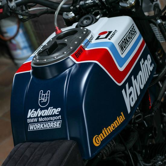r-nine-t-do-xe-superbike-co-dien-anh5