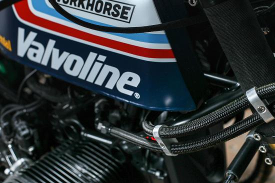 r-nine-t-do-xe-superbike-co-dien-anh8