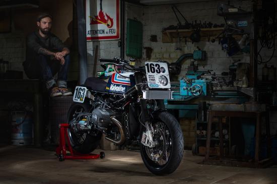 r-nine-t-do-xe-superbike-co-dien-anh9