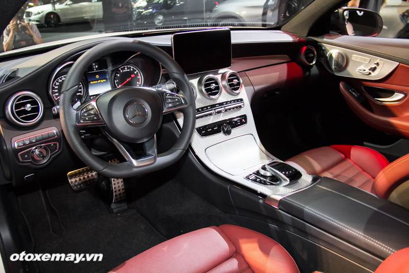 mercedes-benz-amg-c-43-4matic-coupe-trien-lam-mercedes-benz-fascination-2017-anh5