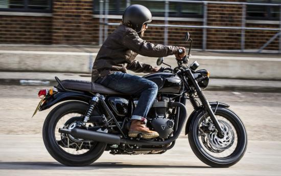 triumph-motorcycles-hop-tac-voi-bajaj-auto-an-do-anh6
