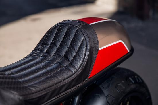 ducati-900-supersport-do-xe-cafe-racer-tho-do-nga-birdie-customs-anh6