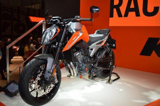 ktm-duke-790-naked-bike-tam-trung-anh3