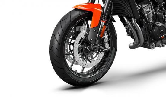 ktm-duke-790-naked-bike-tam-trung-anh7