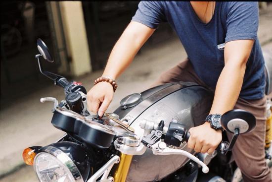 5-meo-giup-biker-moi-choi-an-toan-hon-trong-nhung-chuyen-di-xa-anh3