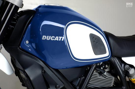 ducati-scrambler-desert-sled-do-xe-dakar-anh5