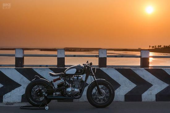 royal-enfield-classic-500-do-xe-bobber-anh11