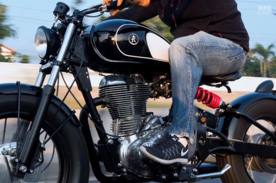 royal-enfield-classic-500-do-xe-bobber-anh6