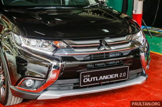 2017-Mitsubishi-Outlander-CKD-2.0-AWD-2