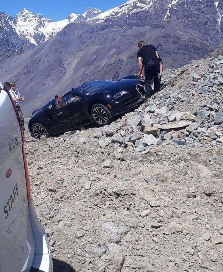 Bugatti-Veyron-Crash-1