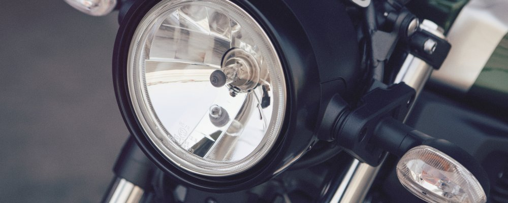 Yamaha tung xe thách thức BMW R nineT và Ducati Scrambler