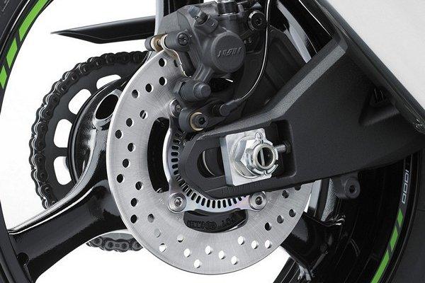 Kawasaki Ninja ZX-10R 2016 sắp về Việt Nam