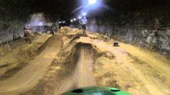 Sân chơi xe đạp dưới lòng đất đầu tiên tại Mỹ