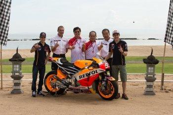Repsol Honda Team ra mắt mẫu xe đua mới
