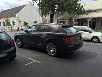 """""""Lộ hàng"""" Bentley Bentayga trên đường thử tại Nam Phi"""