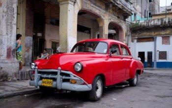 Xe cổ thấp thỏm trước mối quan hệ Mỹ - Cuba