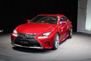 Lexus vẫn là thương hiệu xe hơi đáng tin cậy nhất năm 2015