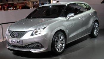 Suzuki trình làng hai mẫu hatchback và SUV cỡ nhỏ giá bình dân