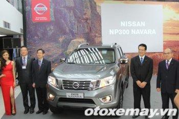 Chi tiết nội thất đắt xắt ra miếng của Nissan Navara vừa trình làng tại Sài Gòn
