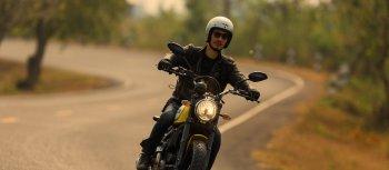 """Ducati Scrambler Lên xe và """"F5"""""""